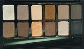maybelline nudes eyeshadow palette open close up