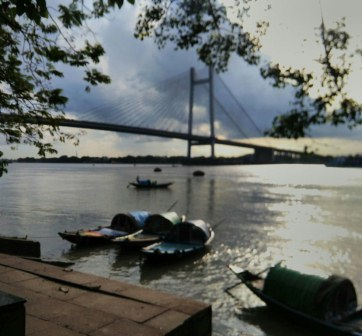 11 things to do at the Calcutta River front!