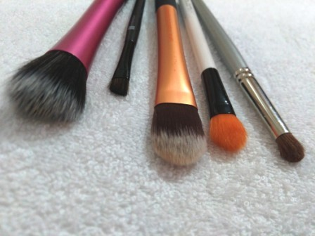Five Essential Make Up Brushes for Beginners